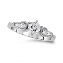 Platinum Round Center Promise Ring
